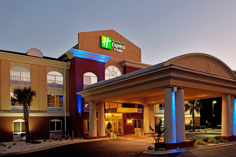 HOLIDAY INN EXPRESS CAMDEN I20