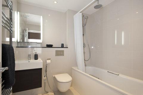 Manson Place - 2 Bedroom Superior Bathroom