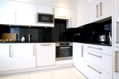 Manson Place - 2 Bedroom Superior kitchen