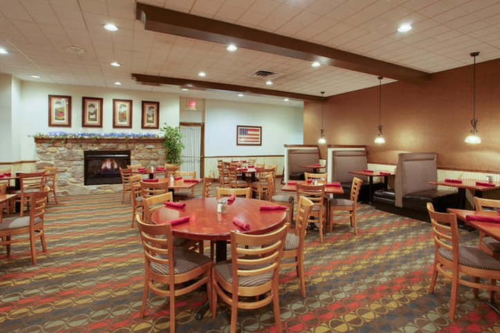 Holiday Inn Harrisburg - Grantville, PA