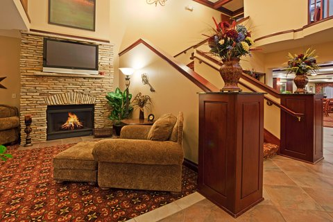 Holiday Inn Express & Suites WAUSAU - Hotel Lobby
