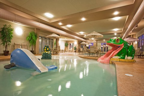Holiday Inn Express & Suites WAUSAU - Swimming Pool