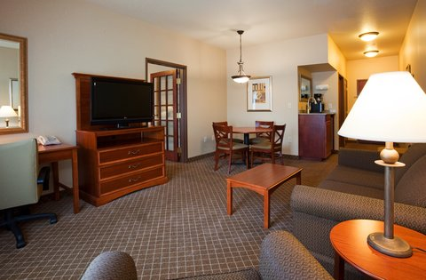 Holiday Inn Express & Suites WAUSAU - Suite