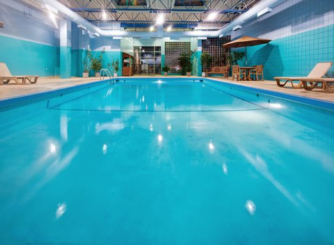 Holiday Inn Des Moines-Downtown-Mercy Campus - Swimming Pool - Hotel Holiday Inn Downtown DSM