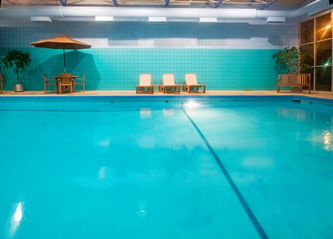 Holiday Inn Des Moines-Downtown-Mercy Campus - Swimming Pool - Hotel Holiday Inn Downtown Des Moines