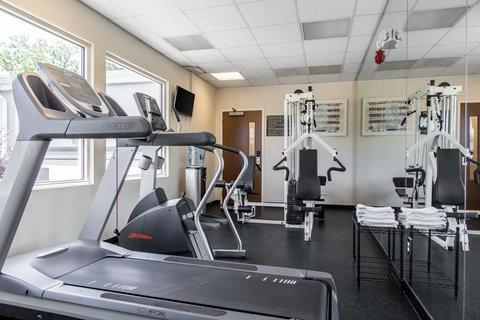 Quality Inn & Suites - Fitness center