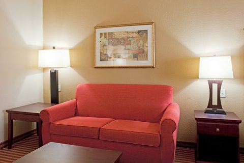 Holiday Inn Express Hotel & Suites Amarillo South - King Bed Guest Room