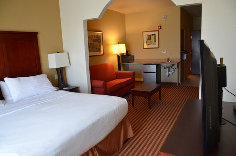 Holiday Inn Express Hotel & Suites Amarillo South - King Suite Mobility