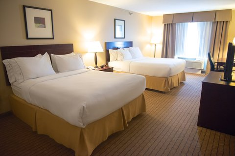 Holiday Inn Express DEVILS LAKE - Two Queen Bedroom
