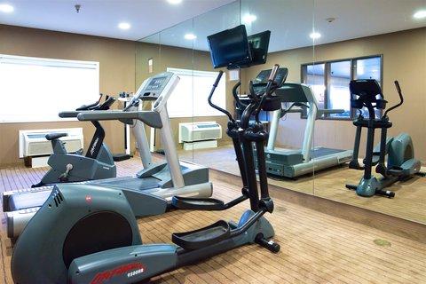 Holiday Inn Express DEVILS LAKE - Fitness Room Equipment