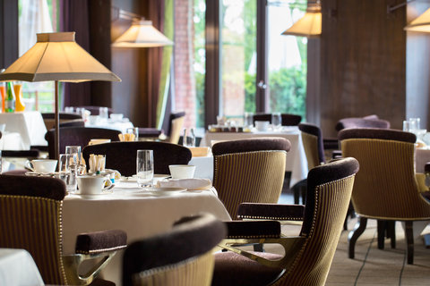 日内瓦香格里拉酒店及温泉 - Loti - Breakfast