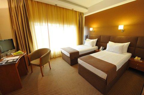 Crystal Palace Hotel - Standard twin room