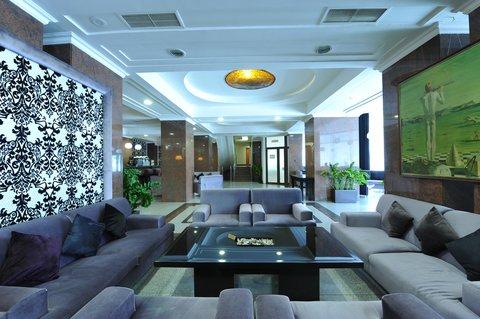 Crystal Palace Hotel - Lobby