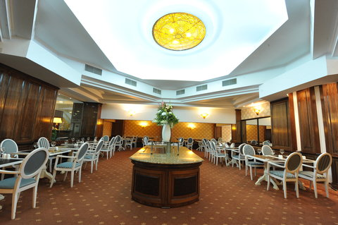 Crystal Palace Hotel - Choral restaurant