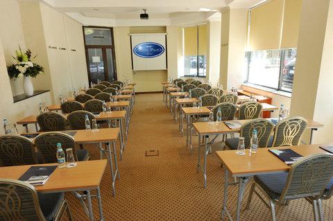 Crystal Palace Hotel - Classroom set-up