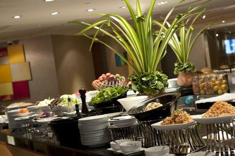 Holiday Inn Bangkok - Holiday Inn Bangkok - Buffet at Cafe G
