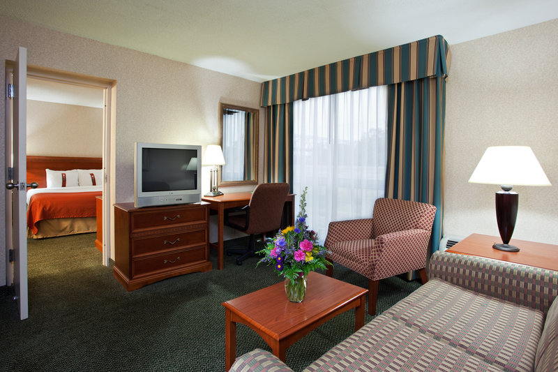 Holiday Inn-Cincinnati - Covington, KY