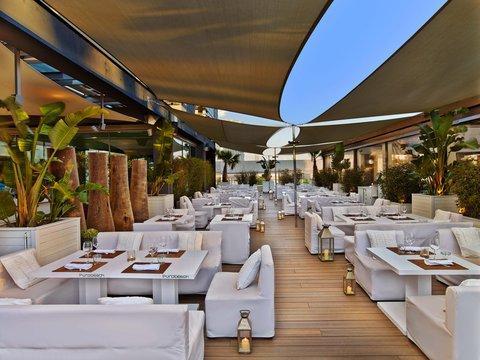هيلتون دياغونال مار برشلونة - Rooftop Terrace Restaurant