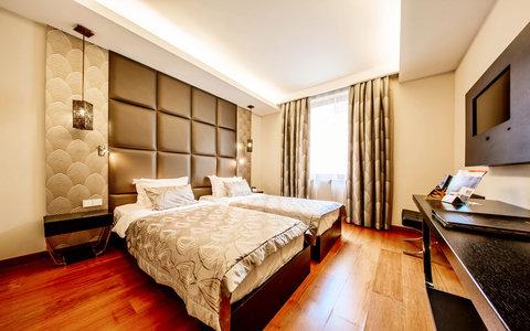 Continental Hotel Zara - Standard Twin RES
