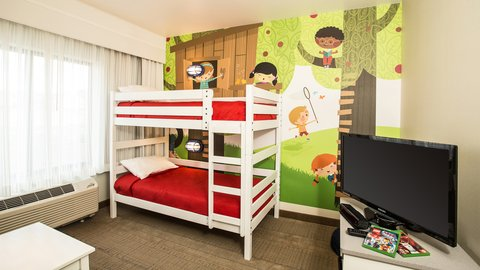 Holiday Inn Express & Suites Pocatello - Kids Suite with Xbox Gaming Console