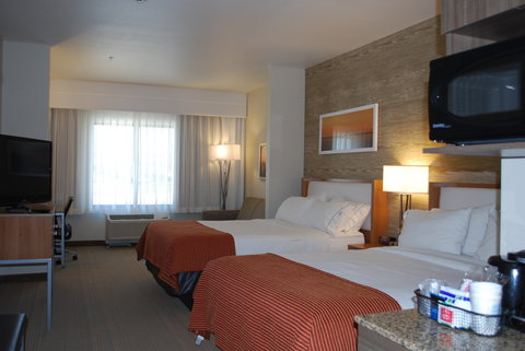 Holiday Inn Express & Suites Pocatello - Double Bed Guest Room