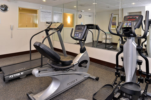 Holiday Inn Express & Suites FRESNO (RIVER PARK) HWY 41 - Fitness Center