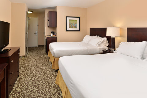Holiday Inn Express & Suites FRESNO (RIVER PARK) HWY 41 - Queen Bed Guest Room