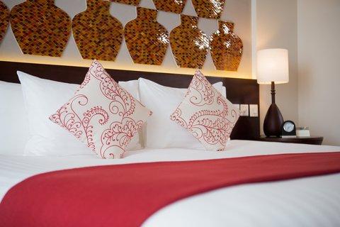 Salinda Premium Resort and Spa - Deluxe Hill View Bedroom at Salinda Resort Phu Quoc