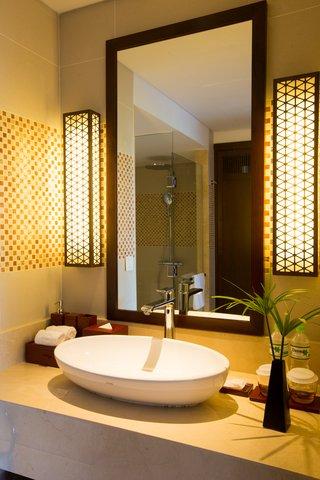 Salinda Premium Resort and Spa - Deluxe Hill View Bathroom at Salinda Resort Phu Quoc