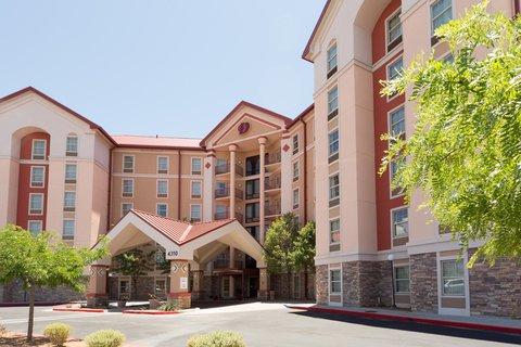 Drury Inn and Suites Albuquerque - Exterior