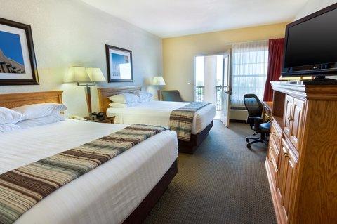 Drury Inn and Suites Albuquerque - Deluxe Queen Guestroom Terrace