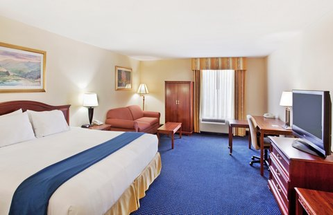 Holiday Inn Express & Suites ATLANTA N-PERIMETER MALL AREA - King Bed Guest Room
