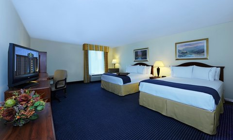 Holiday Inn Express & Suites ATLANTA N-PERIMETER MALL AREA - Two Queen Bed Guest Room