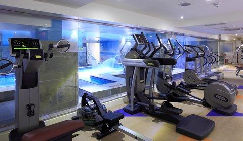 فندق هوليدي ان - Gym