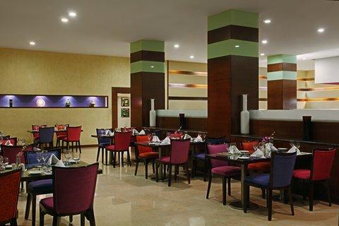 فندق هوليدي ان - Mozart Restaurant