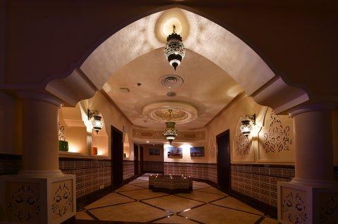فندق هوليدي ان - Spa