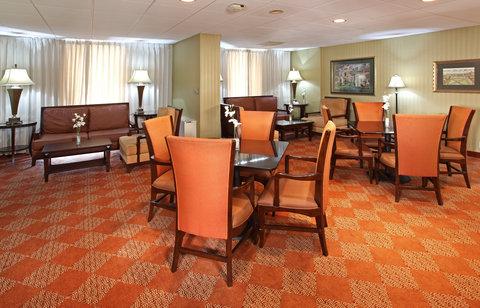 Crowne Plaza DALLAS-MARKET CENTER - Club Floor Room