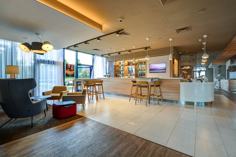 Tranzit Hotel - Bar and Lounge