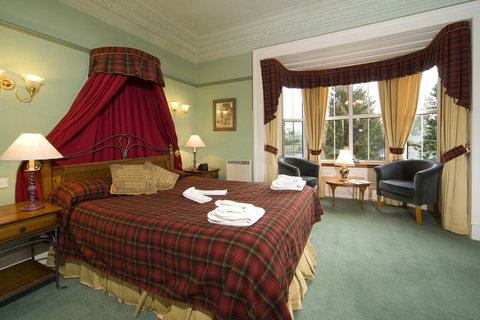 Loch Leven Hotel - ABedroom Number