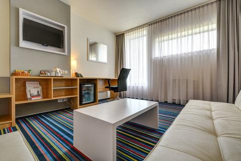 Tranzit Hotel - Executive Suite