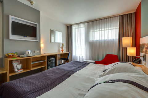 Tranzit Hotel - Double Bed Guest Room