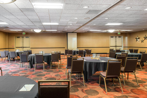 The Golden Hotel, an Ascend Hotel Collection Member - Ballroom