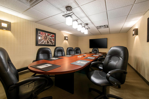 The Golden Hotel, an Ascend Hotel Collection Member - BOARDROOM