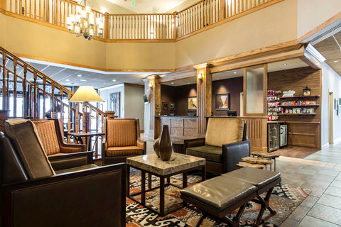 The Golden Hotel, an Ascend Hotel Collection Member - Lobby
