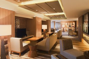 Crowne Club Lounge