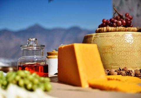 JW Marriott Mussoorie Walnut Grove Resort & Spa - Cheese and Champagne