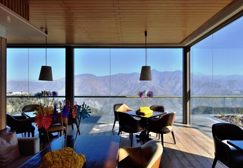 JW Marriott Mussoorie Walnut Grove Resort & Spa - Trout House Grill and Bar