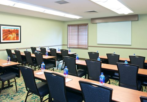 居住馆由万豪波特兰北温哥华酒店 - Corporate Boardroom - Classroom Setup