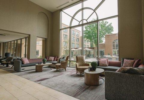 Courtyard Nashua - Lobby