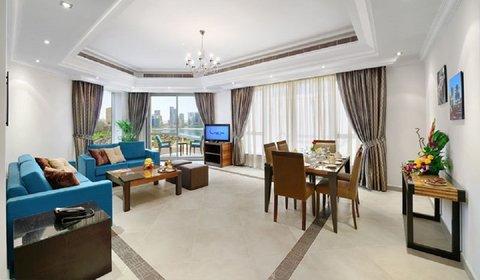 المجاز للشقق الفندقية - Living   Dining area